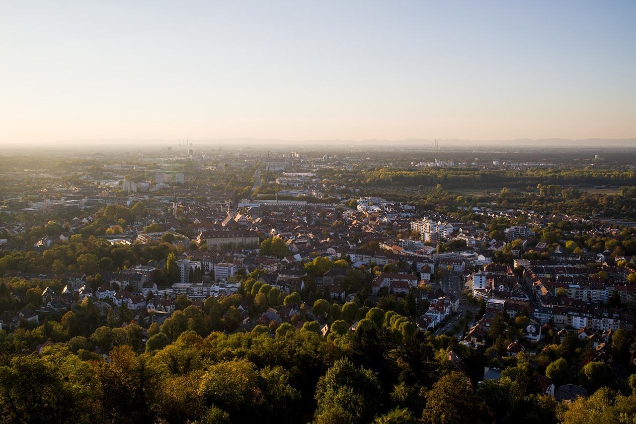 Blick über Karlsruhe vom Durlacher Turmberg